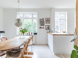 Townhouse Copenhagen 5 stories tall 235 sqm with private garden Østerbro.