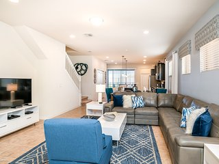 5BR 5 Ensuite Windsor at Westside Home with Private Pool and Gameroom