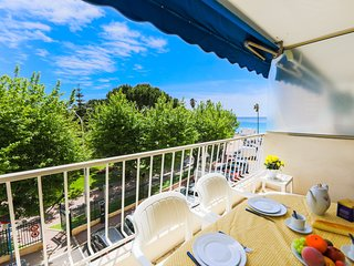 PLAGE DU MIDI AP4145 by RIVIERA HOLIDAY HOMES