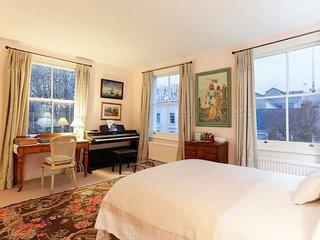 Exclusive 2 bedroom apt in Chelsea (sleeps 4)