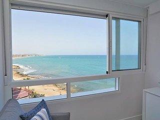 Amazing view ~ Cabo Cervera modern apt.