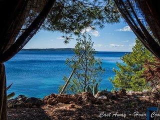 Beach Hut Alphonsina (Seaview) + free shuttle