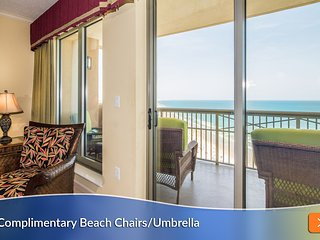 Best Balcony Seating! Luxury Oceanfront. Gourmet Kitchen. Stunning View.