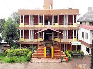 Very Beautiful And Clean Palace Panchgani