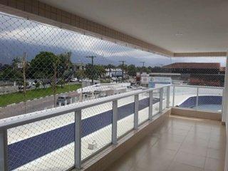 APARTAMENTO COM PISCINA NO CENTRO DA CIDADE DE BERTIOGA