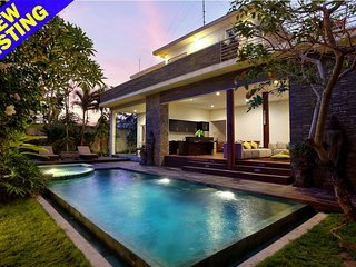 Yudhistira , 3 Bedroom Garden View Villa, Ketewel Beach