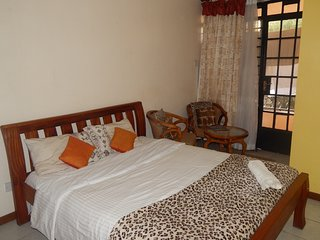 Hello, letting this decent and cool fully furnished studio at the heart of kilel