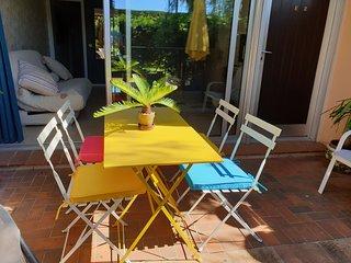 Grand 2 pièces plain pied avec jardin et terrasse