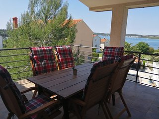 Big new apartment with sea view, close to beach