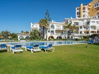 Spacious Apartment in Stunning Beachside Location
