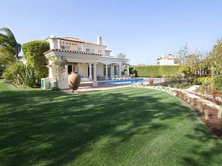 5 bedroom Villa with Pool, Air Con and WiFi - 5794189