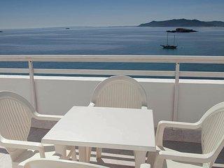 Ocean Front Condo Ibiza