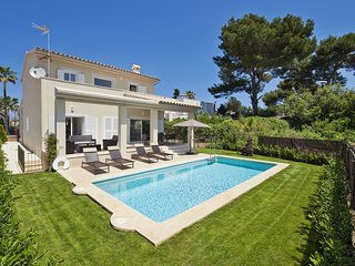 Villa Mar II - Spectacular villa with pool and garden in Alcúdia