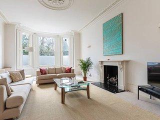 Gorgeous 2-bed flat in Kensington (sleeps 4)