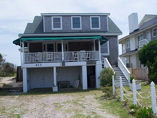 OCEANFRONT COTTAGE WITH COVERED PORCHES & SUN DECKS. EASY BEACH ACCESS