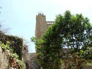 Maison de Vacances contre muraille, village classe entre Narbonne et Carcassonne
