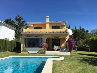 3 Bedroom Villa in Calahonda with Private Pool and Gardens
