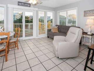 Ground floor Nature/Gulf Views | Outdoor pools, Hot tub, Sauna, BBQ, Tennis, Wif