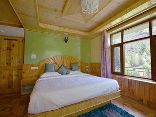 Peaceful Apple Orchards Cottage in Manali