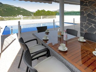 TOMILLO - Villa for 8 people in URB. Santa Marta, Gandia