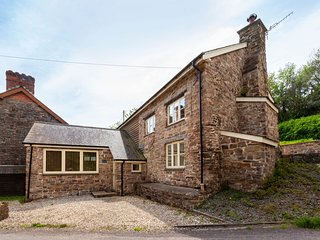 The Mill House, Bampton - Former water mill in a rural location on the outskirts