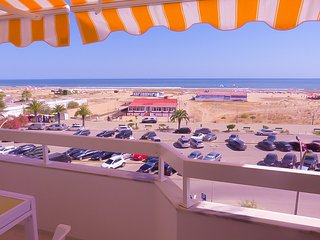 2-Bed Apt BEACH: Seasun Vacation Rentals (discount for stays +28 nights)