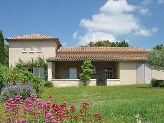 Beautiful home in Orgnac l'Aven w/ WiFi and 2 Bedrooms
