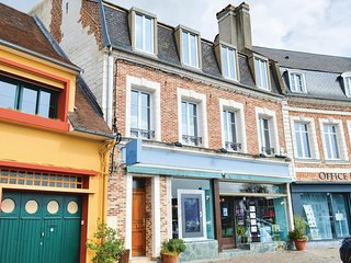 Awesome apartment in Montreuil-sur-Mer w/ WiFi and 1 Bedrooms (FNP161)