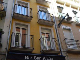 En el Centro de Pamplona, LA TACONERA,un piso con mucho encanto UAT00727.