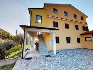 Two bedroom apartment Vilanija, Umag (A-17240-b)