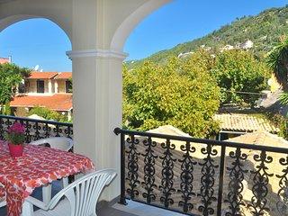 Holiday Apartments yannis on Agios Gordios beach in Corfu