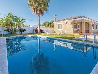 Beautiful home in Puerto de Santa Maria w/ Outdoor swimming pool, Outdoor swimm