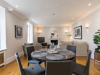 Stylish new flat near Mayfair & Piccadilly Circus!