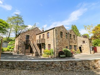 WOLFEN MILL, off-road parking, country retreat, near Chipping
