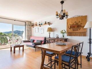 Apartment on the Beautiful Costa Brava Beach 5c  (Categoria)