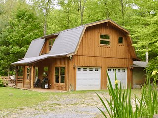 Barnhouse on Poplar Creek Farm