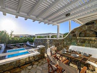 9 muses Villa Kaliopi, private pool!
