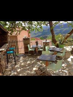 Chambres d'hotes Casa di Emma dans le village de Santo pietro di tenda