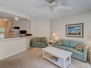 Dog-friendly condo w/ shared pool, tennis courts, & beach a short distance away!