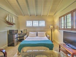 Oceanside Home w/Yard, 5 Min to Beach+Village