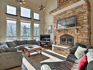 NEW! Breck Home w/Hot Tub & Views, 9 Mi. to Resort