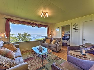 NEW! Waterfront Home, 6.5 Mi to Olympic Nat'l Park