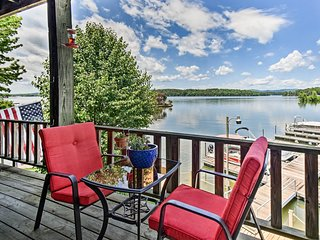 NEW-Lake Hamilton Condo w/Pool 10mi to Hot Springs