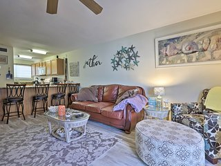 NEW! Biloxi Townhome w/ Pool on Casino Bus Route!