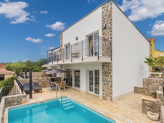 Beautiful home in Kornic w/ WiFi, Outdoor swimming pool and 3 Bedrooms (CKI183)