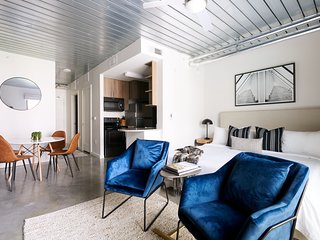 Sonder   Mid Main Lofts   Lively Studio + Terrace