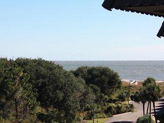 Hilton Head Beach Front 2 Bedroom Villa Condo
