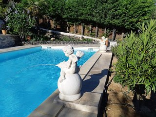 VILLA LA LICORNE**** Piscine, Spa, Massage, Tennis, Golf a 5km
