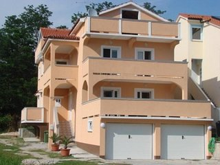 Two bedroom apartment Lopar (Rab) (A-16680-e)