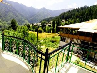 Natural Land Homestay in Kullu